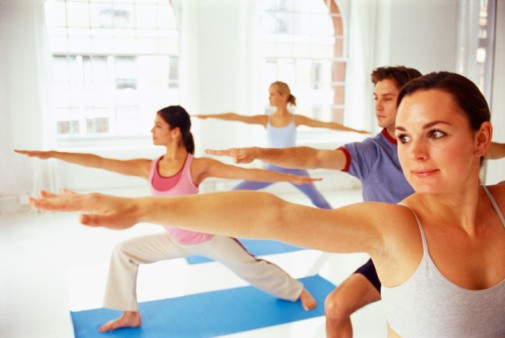online yoga teacher training courses - aura wellness center